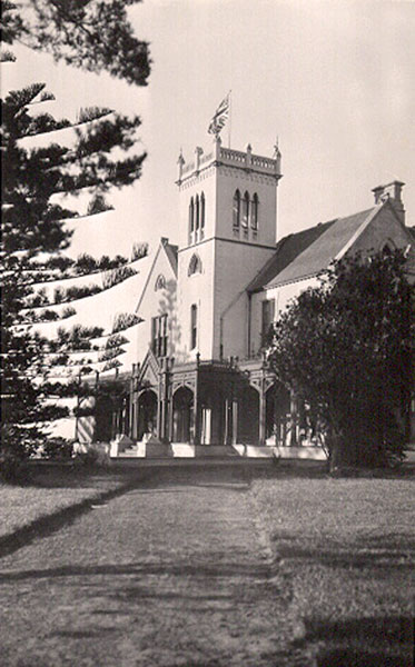 Manyung-Norman-Lodge-1940s